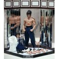 Movie Masterpiece Deluxe  Enter The Dragon 1/6 Scale  Pre-Painted Statue: Bruce Lee