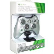 Xbox 360 Wireless Controller with Transforming D-Pad and Play and Charge Kit (Silver) (US)
