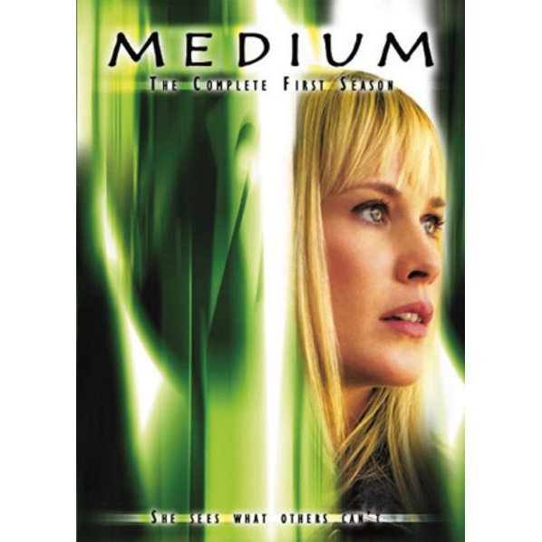 Medium The First Season DVD Box