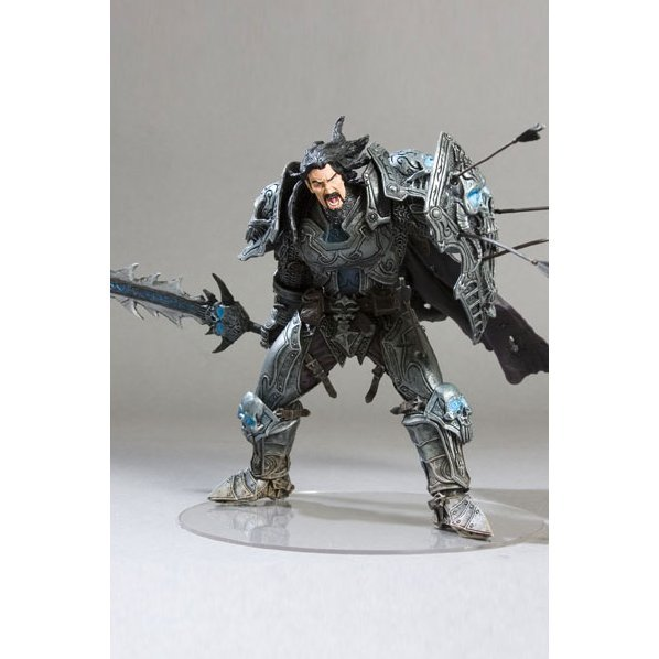 World of Warcraft Series 2: Human Warrior - Archilon Shadowheart Collector Figure