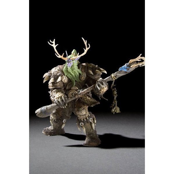 World of Warcraft Series 2: Night Elf Druid - Broll Bearmantle Figure