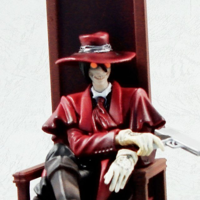 Search & Destroy Vol.1 Hellsing Collection Non Scale Pre-Painted Figure: Alucard (sitting)