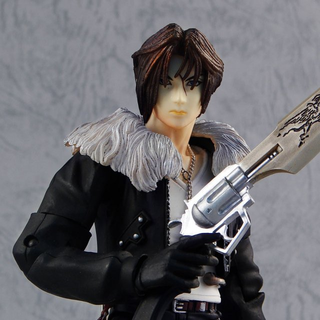 Final Fantasy VIII Play Arts Pre-Painted Action Figure: Squall Leonhart (Re-run)