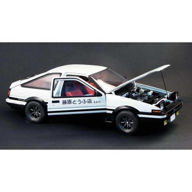 Initial D 1/18 Scale Pre-Painted Figure: Trueno AE86 Comic Version
