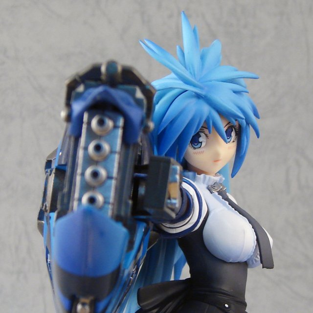 Mine Yoshizaki Collection Vol. 1 1/7 Scale Pre-Painted PVC Figure: Limited Gunz