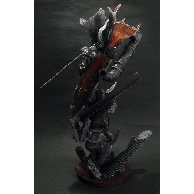 Final Fantasy VII Advent Child Pre-Painted Polystone Statue: Sephiroth