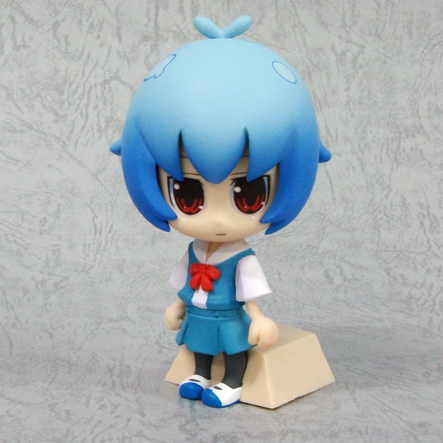 Neon Genesis Evangelion Deformation Maniac Collection Pre-Painted Figure: Rei