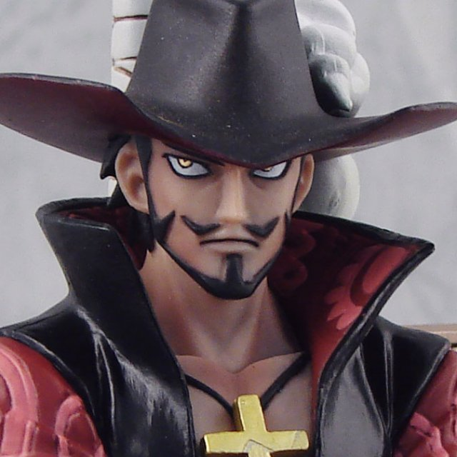One Piece The Grandline Men Vol.3 Pre-Painted Figure: Mihawk