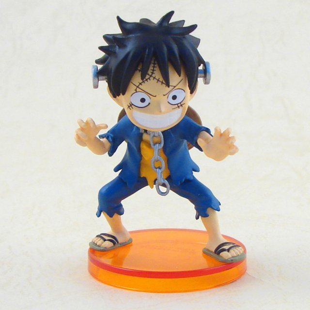 One Piece World Collectable Pre-Painted PVC Figure Halloween Special: HW001 - Luffy
