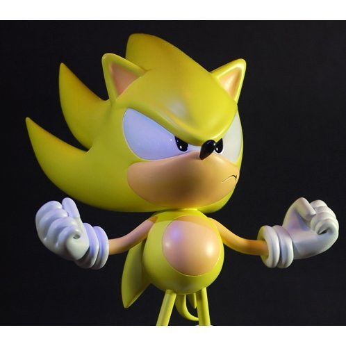 Sonic The Hedgehog - 15 inch Figure: Super Sonic Statue