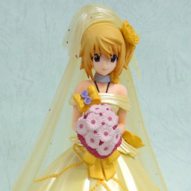 Infinite Stratos Ichiban Kuji premium Non Scale Pre-Painted PVC Figure : Charlotte Dunois Last Happy Yellow Wedding Dress Ver.