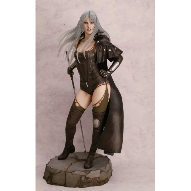 Fantasy Figure Gallery 1/4 Scale Pre-Painted Resin Statue: Luz Malefic