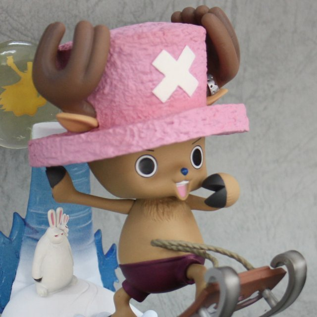 One Piece Chopper Pre-Painted PVC Premium Figure -Winter 2012- Edition: Tony Tony Chopper