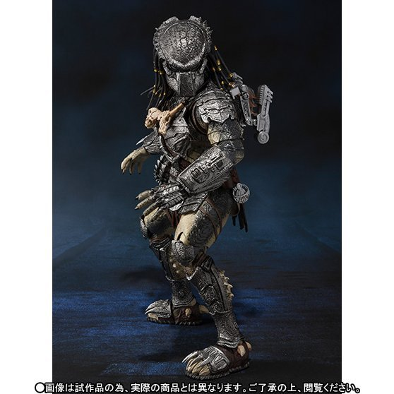 S.H.MonstertArts Alien vs. Predator Pre-Painted Figure: Predator Wolf Heavy Armed Ver.