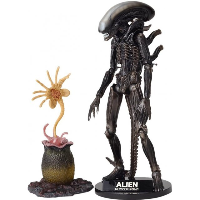 SCI-FI Revoltech Series No.001 Alien: Alien -Renewal Package- (Re-Run)