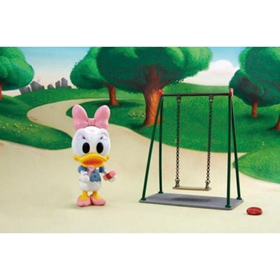 Disney Figure Series: Daisy Swing
