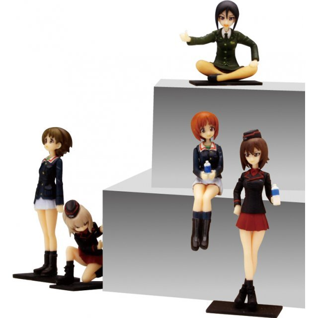 Girls und Panzer: Oarai girl school x Kuromorimine Girls High School with Chono Ami Captain Figure Set