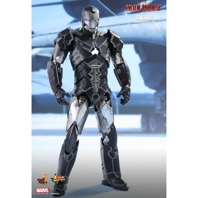 Iron Man 3 1/6 Scale Collectible Figure: Sneaky (Mark XV)
