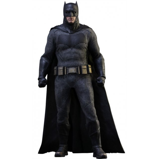 Batman v Superman Dawn of Justice 1/6 Scale Collectible Figure: Batman