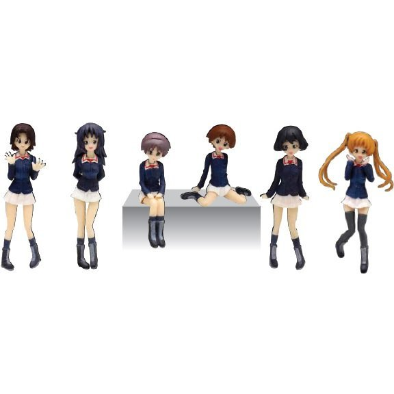 Girls und Panzer 1/35 Scale Resin Kit: Usagi-san Team Figure Set