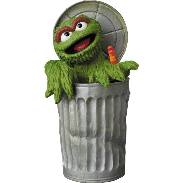 Sesame Street Ultra Detail Figure: Oscar The Grouch