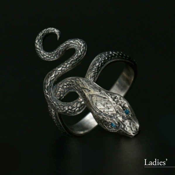 Dark Souls × TORCH TORCH / Ring Collection: Covetous Silver Serpent Ladies Ring (L Size)