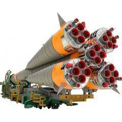 Soyuz Rocket & Transport Train 1/150 Scale Plastic Model (Re-run)