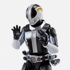 S.H.Figuarts Shinkocchou Seihou Kamen Rider Den-O: Kamen Rider Den-O Plat Form Tamashii (Bandai Toys)