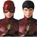 MAFEX Justice League: Flash