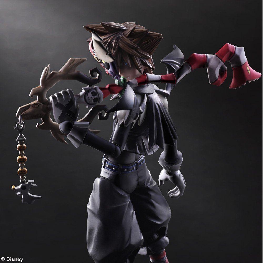 Kingdom Hearts II\'s Sora -Halloween Town- and Riku in figure form!