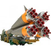 Soyuz Rocket & Transport Train 1/150 Scale Plastic Model (Japan)