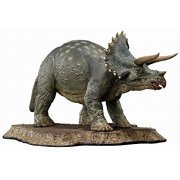Jurassic Park Prime Collectible 1/38 Scale Figure: Triceratops (Japan)