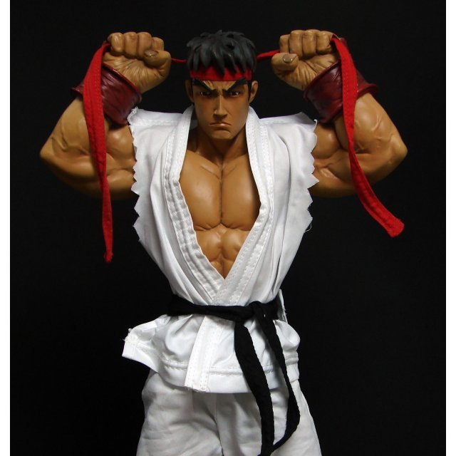 Street Fighter Ryu 18-Inch Polystone Mixed Media Statue