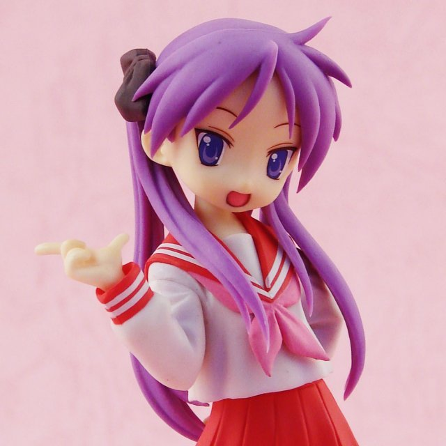 Lucky Star Treasure Figure Collection 1/12 Scale Pre-Painted PVC Figure: Hiiragi Kagami School (Uniform Version)