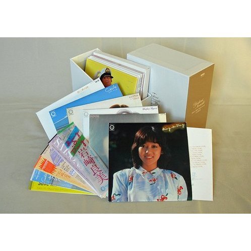 Yoshimi Iwasaki Debut 30th Anniversary CD Box [Mini LP Limited Edition]