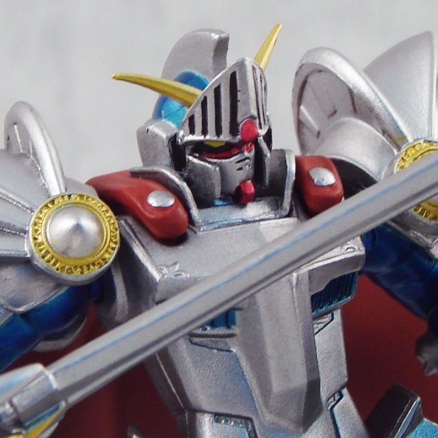 Gundam Series DX Heroes & Monsters Pre-Painted Figure: Knight Gundam