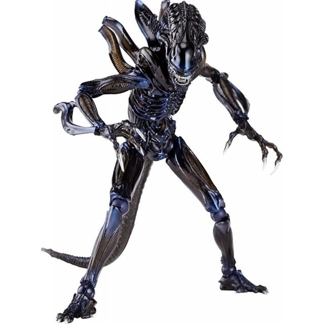 SCI-FI Revoltech Series No.0016 Pre-Painted PVC Figure: Alien Warrior (Re-Run)