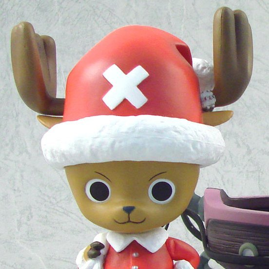 Dragon Ball Kai x One Piece DX Pre-Painted PVC Figure: Tony Chopper  Santa Claus Ver.