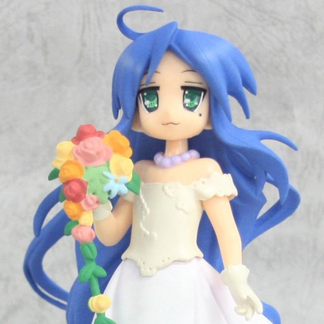 Lucky Star Non Scale Extra Summer Wedding Pre-Painted PVC Figure: Izumi Konata
