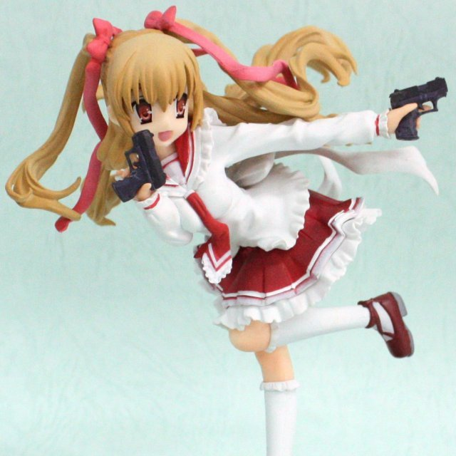 Aria the Scarlet Ammo 1/8 Scale Pre-Painted PVC Figure: Riko