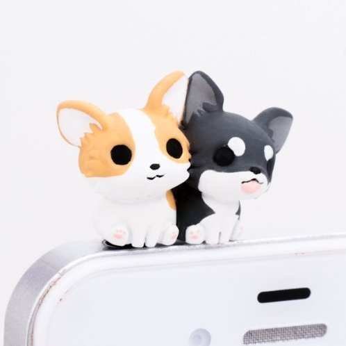 Earphone Jack: Chihuahua