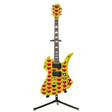 Hide Guitar Collection 1/8 Scale Pre-Painted Figure: Green Heart Official Figure Set