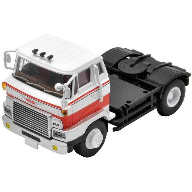 Tomica Limited Vintage NEO: TLV-N90a Hino HE366 Type Tractor Head (White/Red)