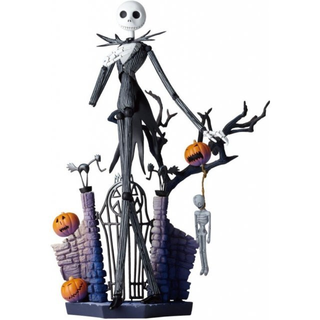 Legacy Of Revoltech SCI-FI Revoltech The Nightmare Before Christmas: Jack Skellington