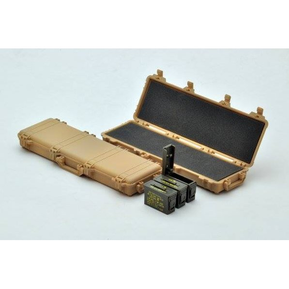 Little Armory 1/12 Scale Plastic Mdel Kit: Military Hard Case A2