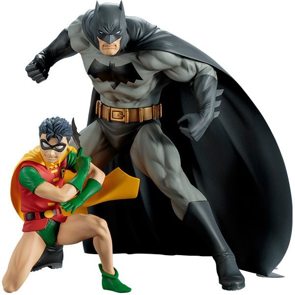 ARTFX+ DC Universe Batman 1/10 Scale Pre-Painted Figure: Batman & Robin 2 Pack