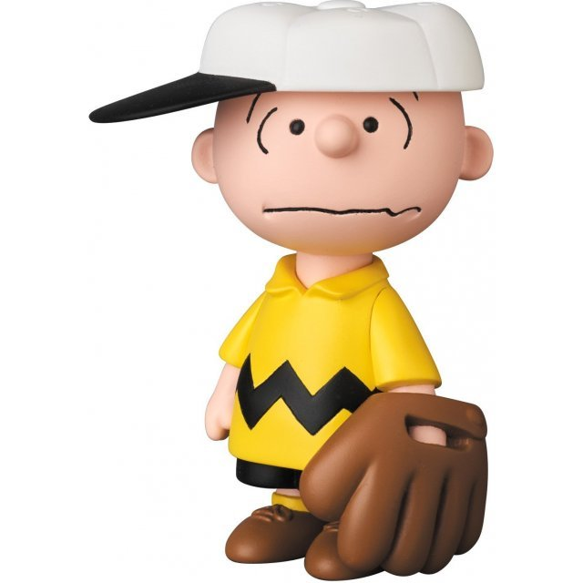 Peanuts Series 6 Ultra Detail Figure: Baseball Charlie Brown