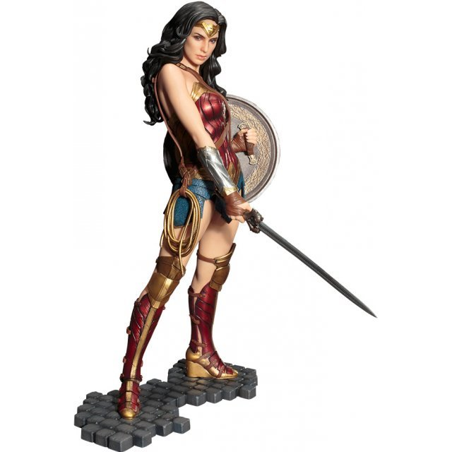 ARTFX Wonder Woman 1/6 Scale Pre-Painted Figure: Wonder Woman