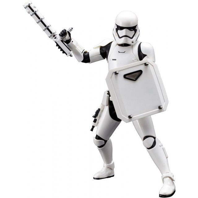 ARTFX+ Star Wars The Force Awakens 1/10 Scale Pre-Painted Figure: First Order Stormtrooper FN-2199