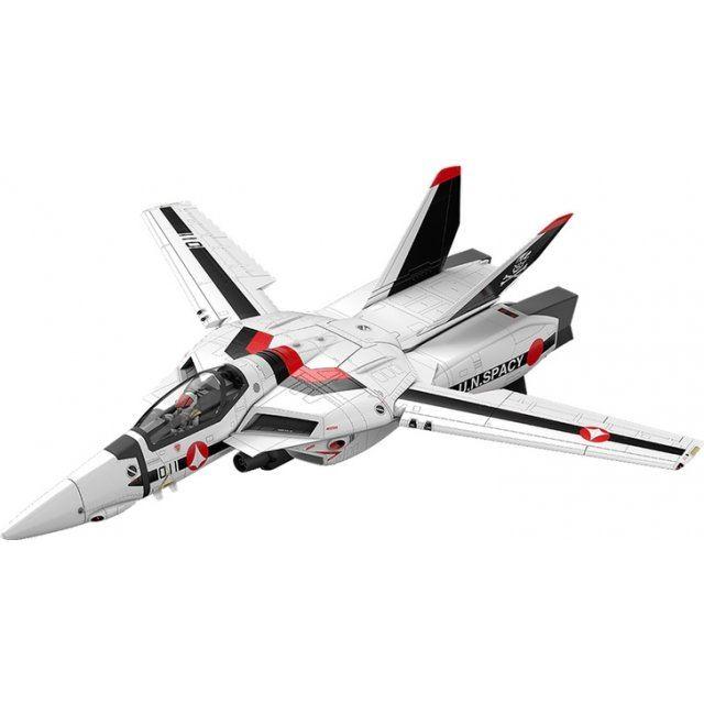 Macross Do You Remember Love? PLAMAX MF-45 1/20 Scale Model Kit: Minimum Factory VF-1 Fighter Valkyrie